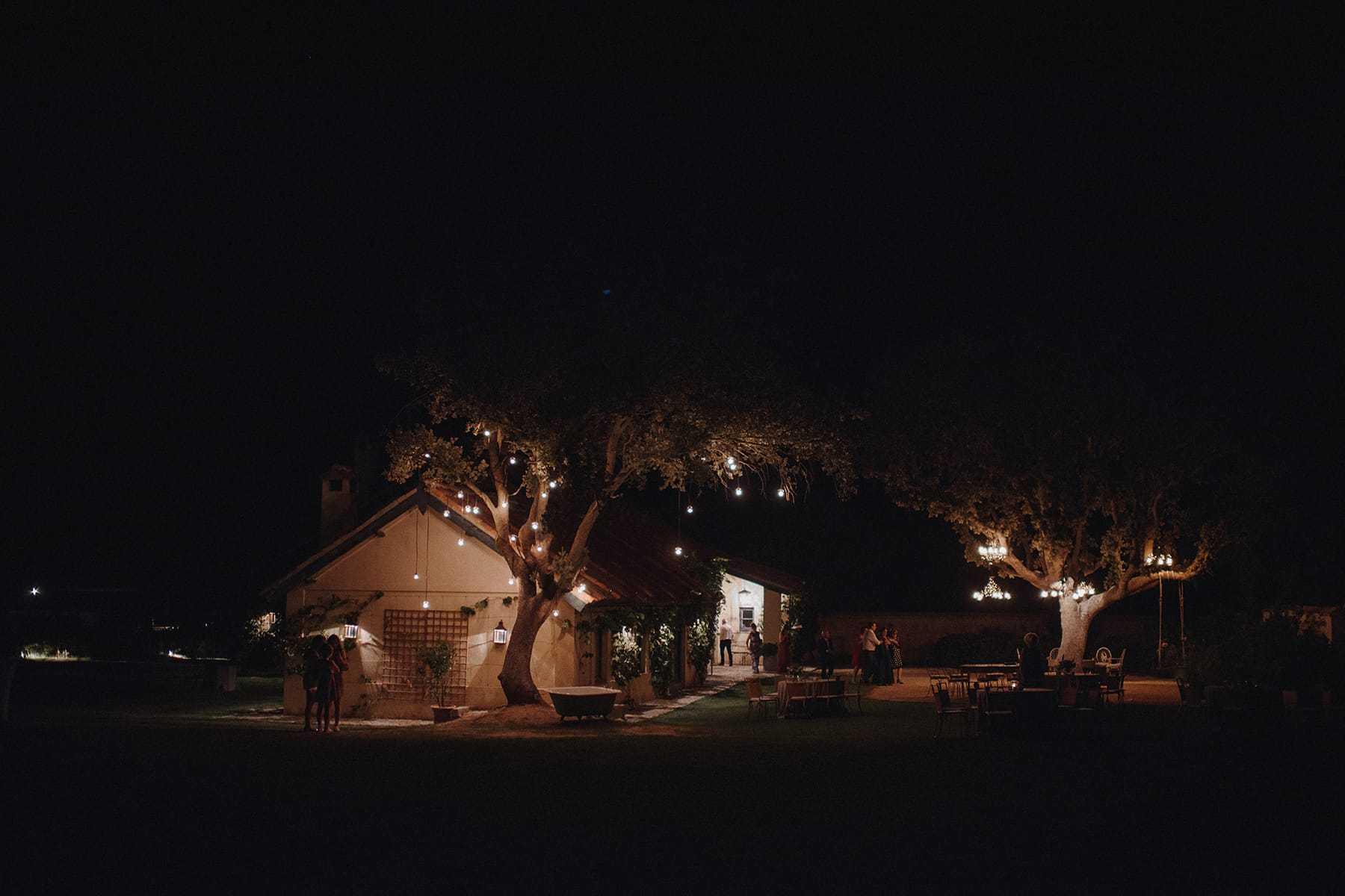 Noche en la finca Aldeallana