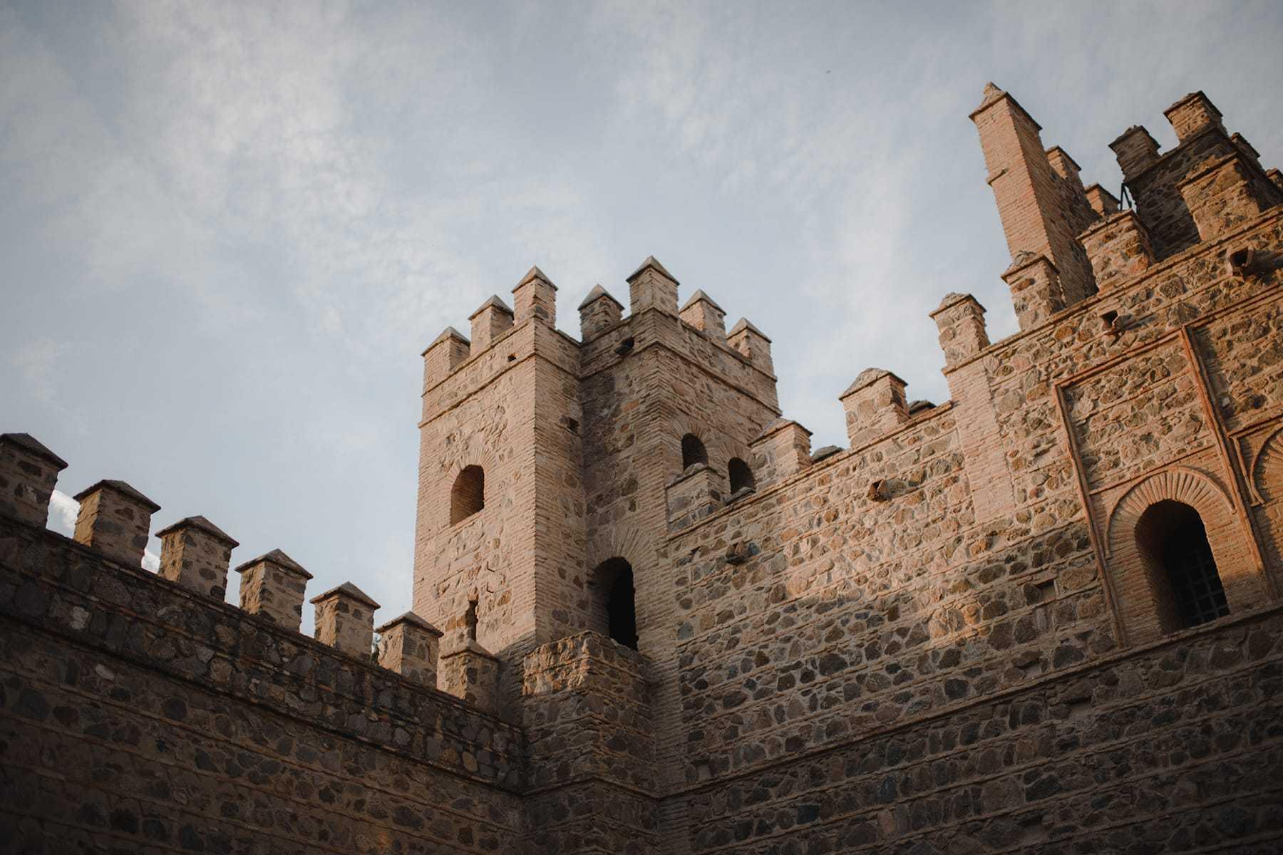 Murallas y torre de la ciudad de Toledo